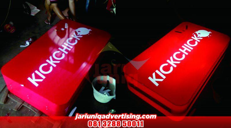 Neon Box KICKCHICK